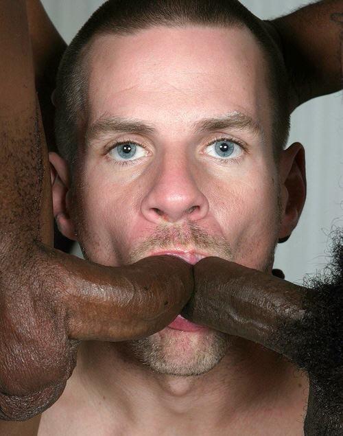 Огромные члены во рту у чуваков фото, эротическая подборка сексуальных девушек